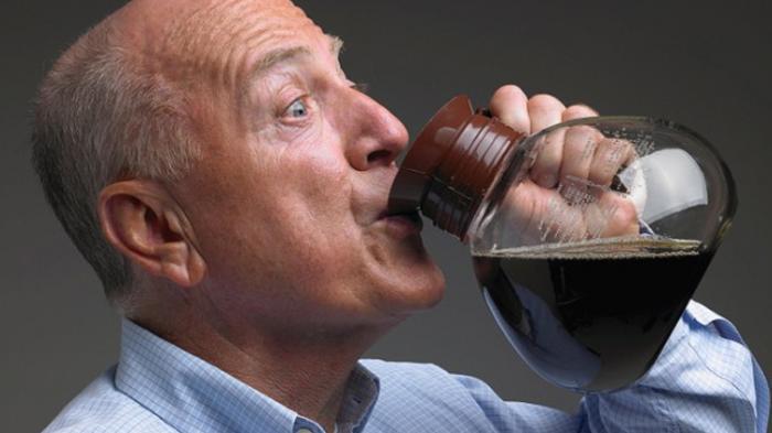 Apa Iya Kebiasaan Minum Kopi Bahayakan Kesehatan Ginjal?