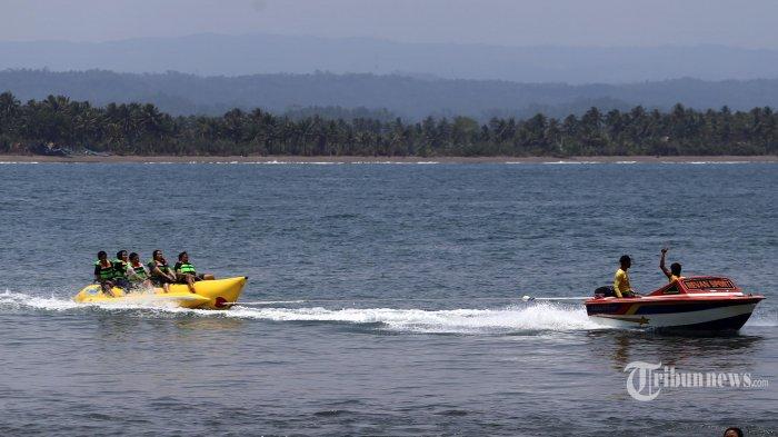 Imbas Pengunjung Membludak, Hari Minggu Objek Wisata Pantai Batu Karas Ditutup