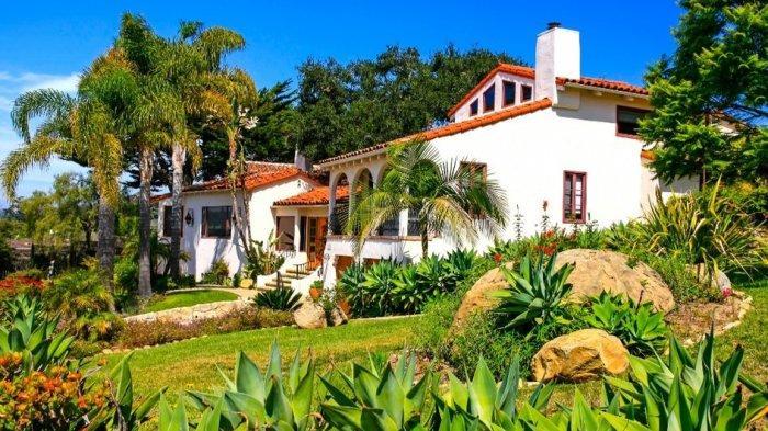 Ciptakan Kesan Nyaman dengan Rumah Berarsitektur Tradisional Hacienda