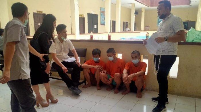 Kesal Ditagih Uang Kos, 3 Pemuda Habisi Nyawa Pemilik Kos, Korban Dihantam Pakai Batu hingga Tewas