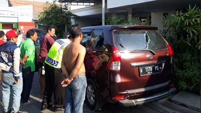Pria Berpedang Berkelahi Dengan Tiga Orang Bercelurit di Surabaya, Ini Fakta-faktanya