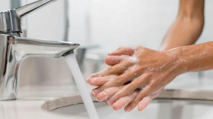 Sering Cuci Tangan Bikin Kulit Kering? Yuk, Atasi dengan 3 Cara Ini