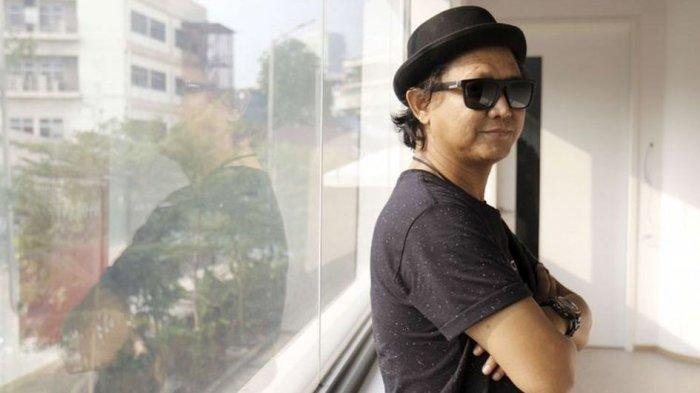 Vokalis Steven & Coconut Treez, Tepeng, Meninggal Akibat Covid-19