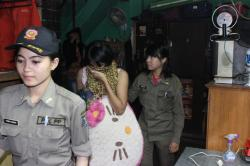 Empat Gadis Belia Terkunci di Kamar Wisma Lokalisasi Dolly