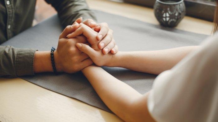 5 zodiak yang paling butuh perhatian pasangan