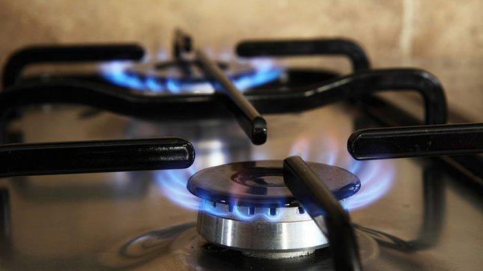 Jangan Langsung Beli Baru, Begini Trik Bersihkan Kompor Gas yang Kotor
