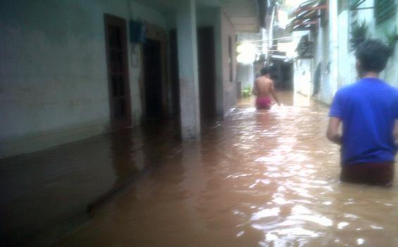 Antisipasi Banjir, Murid SD 03 Cililitan Dipulangkan