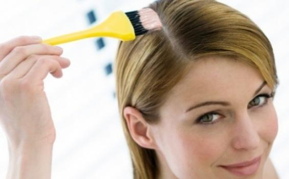 Ilustrasi pengecatan rambut