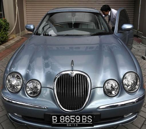 Syamsul Arifin Ngaku Beli Jaguar Nyicil 36 Kali