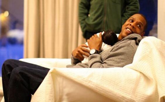 Paket Bulan Madu Jadi Ganti Kehadiran Jay Z di Pernikahan Kanye West dan Kim Kardashian