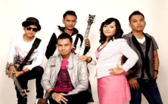 Chord Gitar dan Lirik Lagu Tak Selamanya Selingkuh Itu Indah - Merpati Band: Mungkin Kurelakan