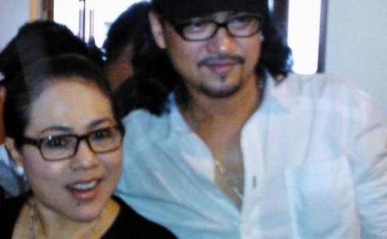 Nunung dan Iyan Sambiran, manajer dan calon suaminya.