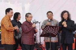 Rizal Pacari Adik Vokalis SecondBorn