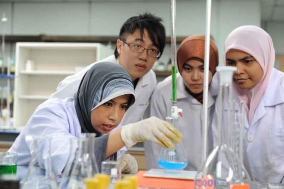 Indonesia Punya Banyak Peneliti Perempuan yang Berprestasi