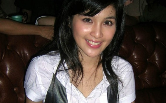 Sandra Dewi Disangka Keturunan Korea Tribunnews Com Mobile