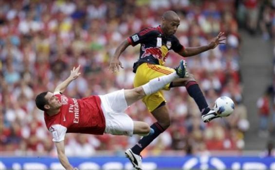 Cedera Thomas Vermaelen Bikin Arsenal Makin Sulit