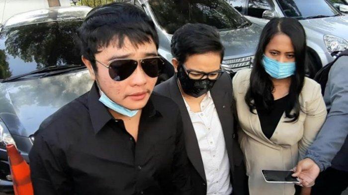Kuasa Hukum Lucinta Luna Tetap Yakin Kliennya Tak Bersalah, Meski Divonis 1,5 Tahun Penjara