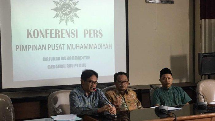 Muhammadiyah Sebut Pencopotan Baliho dan Spanduk Jadi Wewenang Pemda