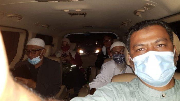 Nikmati Perjalanan, Ini Obrolan Abu Bakar Baasyir Selama 8 Jam Jalur Darat Bogor-Sukoharjo