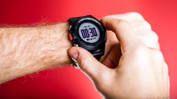 Ada berbagai jenis jam tangan yang bisa kamu pilih.