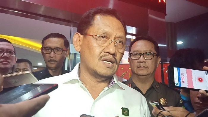 Jaksa Agung Muda Tindak Pidana Khusus (JAM Pidsus) Kejagung RI, Adi Toegarisman, menjelaskan tentatang penetapan 5 tersangka kasus Jiwasraya, Selasa (14/1/2020)