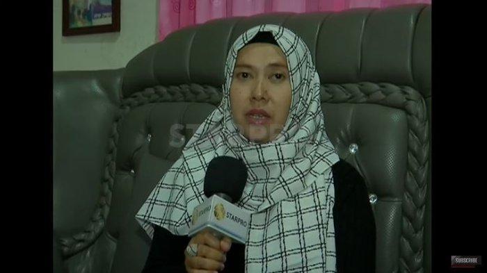 Adik Lina, Ani ungkap kekecewaan terkait pengumuman hasil autopsi.