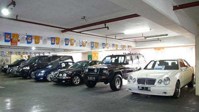 Ini Dia Showroom Mobil Bekas Khusus Warna Hitam dan Putih