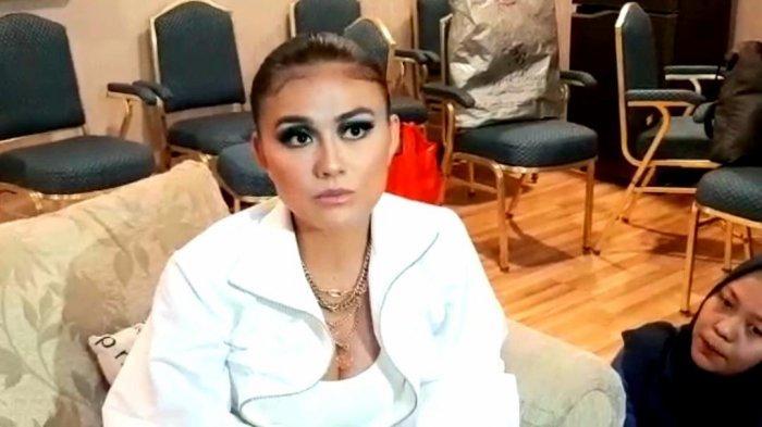 Agnez Mo di sela konser HUT 25 Indosiar, Jakarta Convention Center (JCC), di kawasan Gelora, Tanah Abang, Jakarta Pusat, Sabtu (11/1/2020) malam.