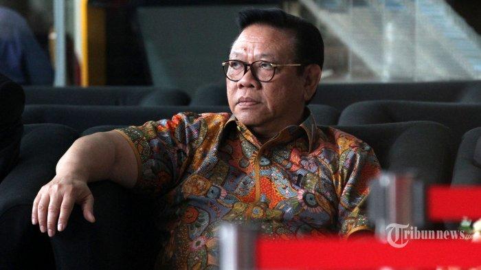 Baru Kenal saat Membesuk Novanto Alasan Agung Laksono Ogah Jadi Saksi Menguntungkan bagi Fredrich