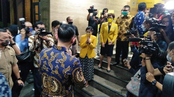 Ketua Umum Partai Demokrat Agus Harimurti Yudhoyono (AHY) menemui Ketua Umum Partai Golkar Airlangga Hartarto di DPP Golkar, Jakarta, Kamis (25/6/2020).