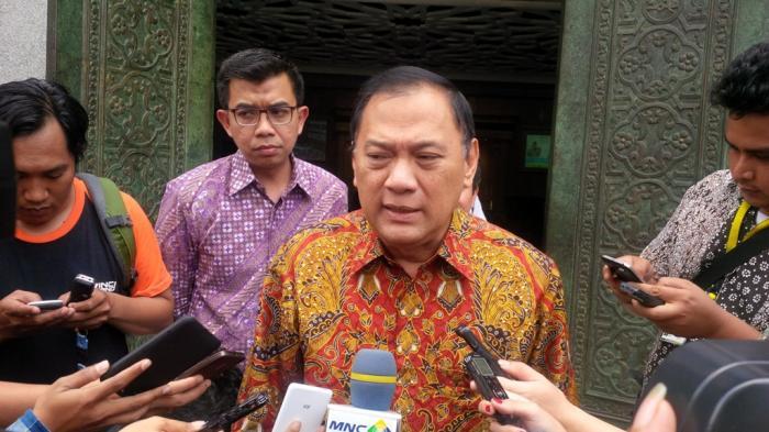 Kritik Jokowi soal Harga BBM, Gubernur BI Diminta Belajar Etika Bernegara