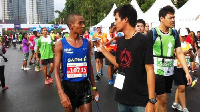 Agus Prayogo, Pelari Indonesia Tercepat di Mandiri Jakarta Marathon 2016