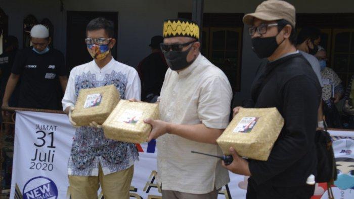 Bagikan 4.000 Paket Daging Hewan Kurban Saat Idul Adha
