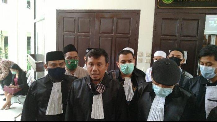 Jalani Sidang Perdana, Pengacara Gus Nur Minta Doa Masyarakat