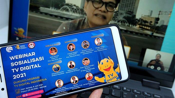 Ahmad M. Ramli, Direktur Jenderal PPI Kementerian Komunikasi dan Informatika memberikan paparan dalam Sosialisasi TV Digital 2021 Dukung Migrasi TV Digital Indonesia, Selasa, 6 Juli 2021.