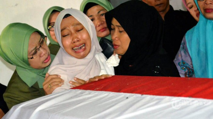 Lina Ciumi Peti Mati Suami, 'Papa, Mama Minta Maaf'