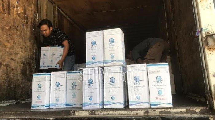 Jemaah Haji Tak Perlu Repot Bawa dari Arab, 5.000 Galon Air Zam-zam Dikirim ke Surabaya