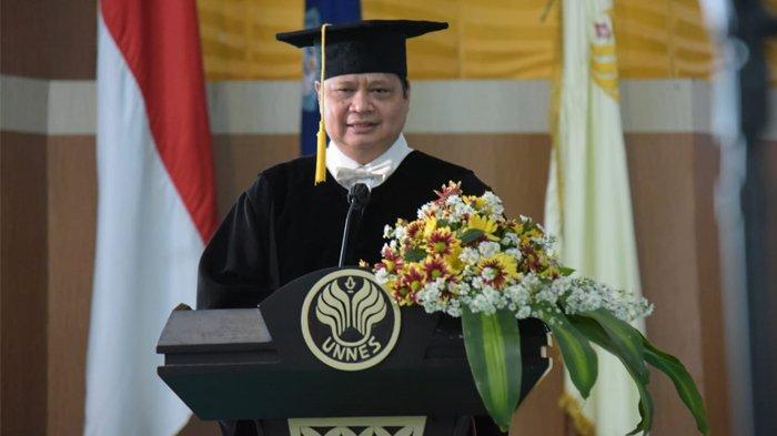 Berkat Gaya Kepemimpinan Humanis, Airlangga Hartarto Terima Gelar Doktor Honoris Causa dari UNNES