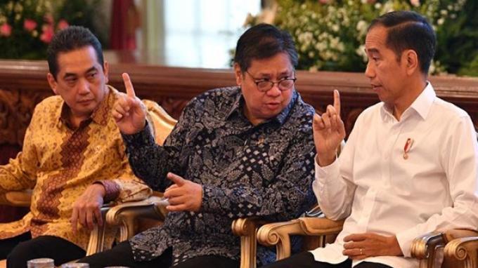 Airlangga Hartarto dan Jokowi11