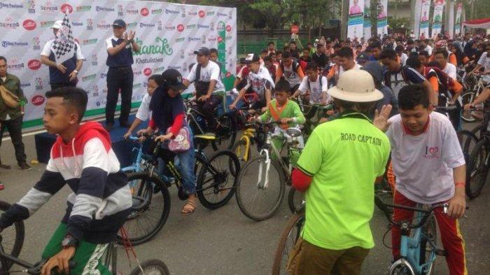 Ajang Sosialisasi Asian Para Games 2018 di Pontianak Diramaikan Ribuan Peserta Sepeda Nusantara