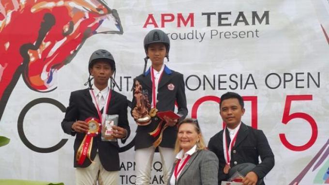 Akbar Maulana dan Akbar Kurniawan Tunggangi Dua Kuda di Preliminary Open