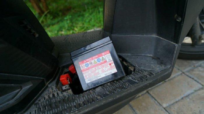 Tips Merawat Aki Motor Saat Jarang Digunakan Selama Work From Home