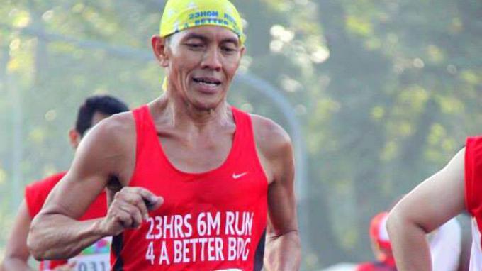 Aki Niaki Masih Mampu Berlari Hingga 240 KM di Usia 57 Tahun