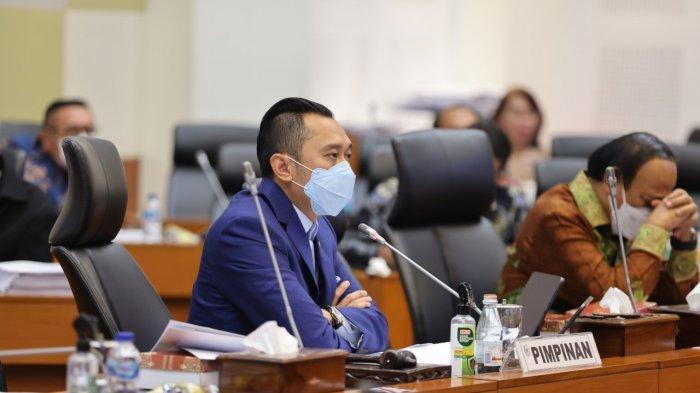 Wakil Ketua Badan Anggaran (Banggar) DPR RI Edhie Baskoro Yudhoyono alias Ibas memimpin Rapat Panitia Kerja Rencana Kerja Pemerintah (RKP) dan Prioritas Anggaran RAPBN Tahun 2022 di Gedung DPR, Senayan, Jakarta, Rabu (16/6/2021).
