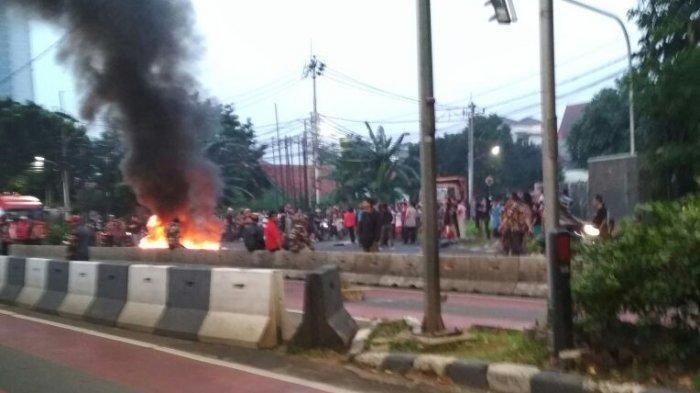 Ada Aksi Massa, Warga Mesti Hindari Jalan Arteri Pondok Indah