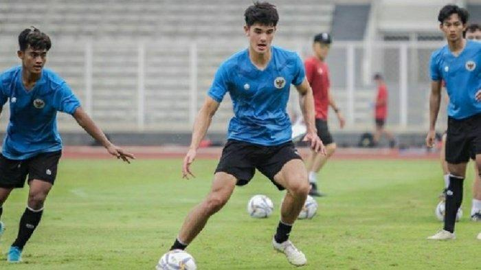 Aksi Elkan Baggott saat mengikuti pemusatan latihan Timnas U-19 Indonesia.