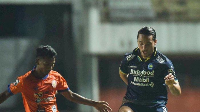 JADWAL Piala Menpora 2021 - Persib Meunggu Lawan, Ezra Walian Ingin Lebih Baik di Babak 8 Besar