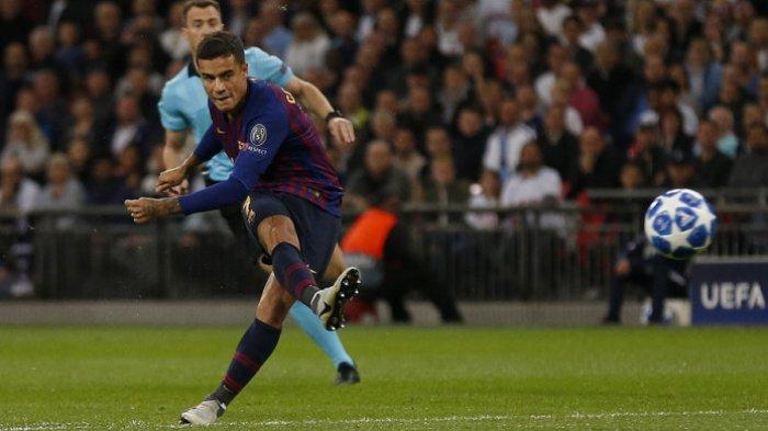 Aksi gelandang Barcelona, Philippe Coutinho, saat melepaskan tembakan ke gawang Tottenham Hotspur yang berbuah gol dalam laga matchday 2 Grup B Liga Champions 2018-2019 di Stadion Wembley, London, Inggris, pada Rabu (3/10.2018). Philippe Coutinho ternyata pernah bermimpi menjadi pemain Real Madrid