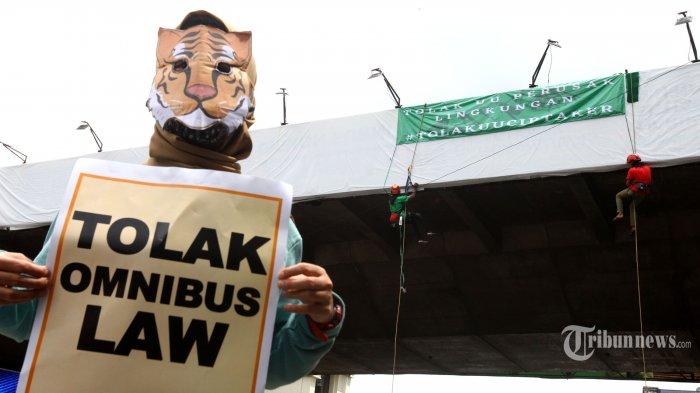 Pembangkangan Sipil Tolak Bayar Pajak Tak Efektif Batalkan UU Cipta Kerja