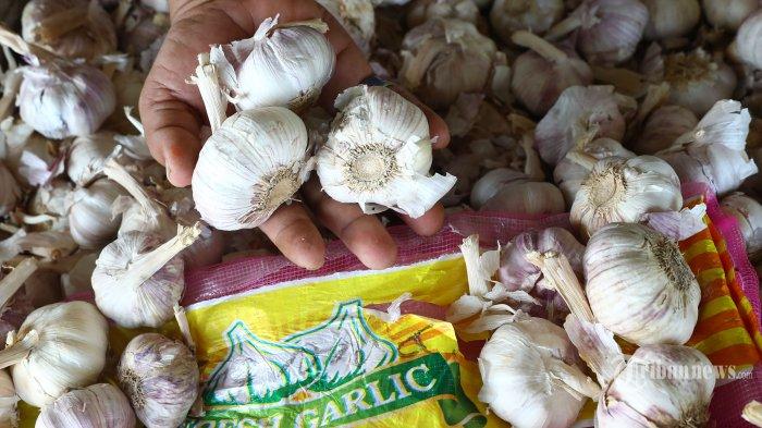 Kementan Guyur Bawang Putih dan Cabai ke 5  Pasar di Surakarta